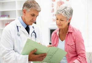 Patiënt in gesprek met arts