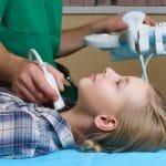 Schildklierontsteking: symptomen, oorzaak en behandeling